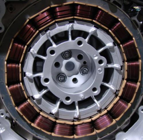 Reparación y mantenimiento de motores, bombas y maquinaria industrial